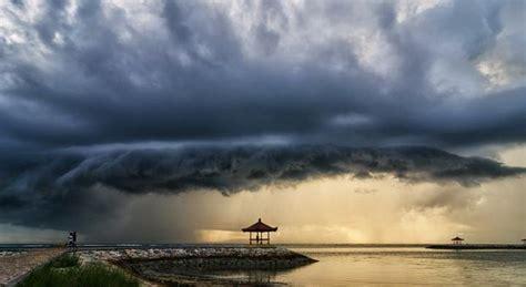 Lu Hid Di Bali 7 tempat menyeramkan di pulau bali