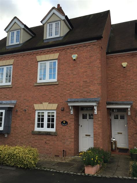 3 bedroom house private rent 3 bed house town house to rent ely gardens stratford