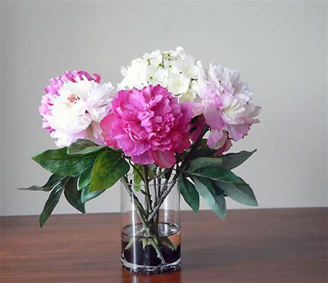 Kem Basic Flower v 236 sao n 234 n hạn chế b 224 y hoa giả trong nh 224