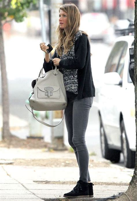 Gisele Does Casual Friday by 244 Best Models Duty Images On Feminine