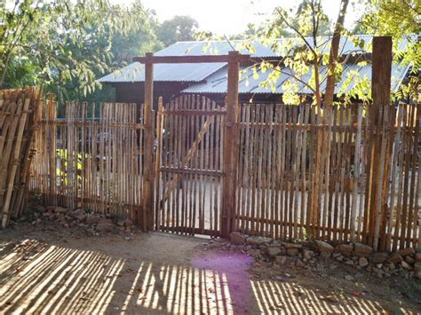 Japanese Trellis File Bamboo Fence And Gate 8407445679 Jpg Wikimedia