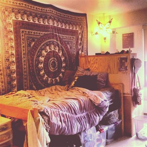 room with tapestry best 25 bohemian rooms ideas on college dorms cozy room and rooms with tapestries