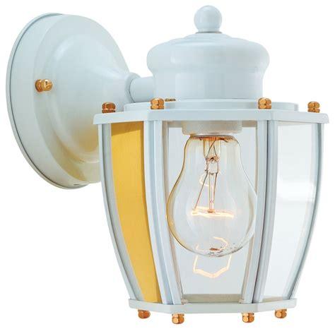 Boston Harbor Light Fixtures Boston Harbor Hv 66961 Wh Lantern Porch Light Fixture Medium 60 W 1 L