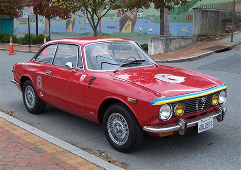 Ebay Motors Alfa Romeo by Alfa Romeo Unveils Giulia In Spirt Of Brand S Classic