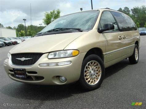Chrysler Town And Country 1998 by 1998 Chagne Pearl Chrysler Town Country Lxi 48520475
