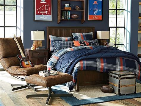 chairs for boys bedrooms i love the pbteen beadboard maverick bedroom on pbteen com