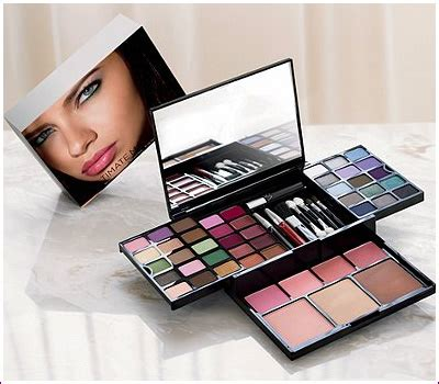 Makeup Kit S Secret secret trends and makeup collections chic profile page 7