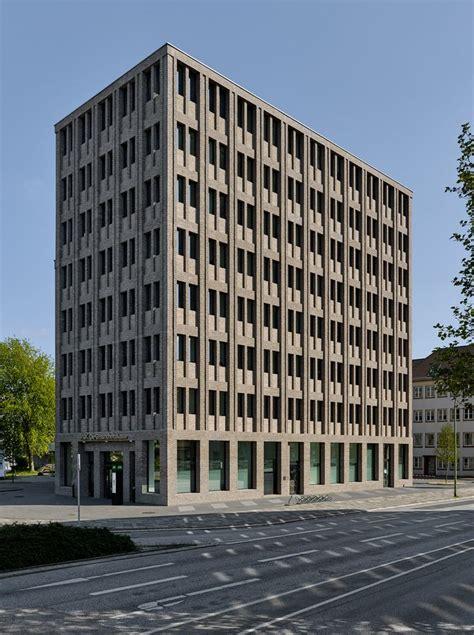 architekten bremerhaven tr 228 ger backstein 220 ber max dudlers aok neubau in