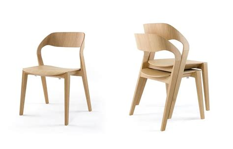 Stacking Dining Room Chairs design stuhl aus holz stapelbar minimalistisch f 252 r das