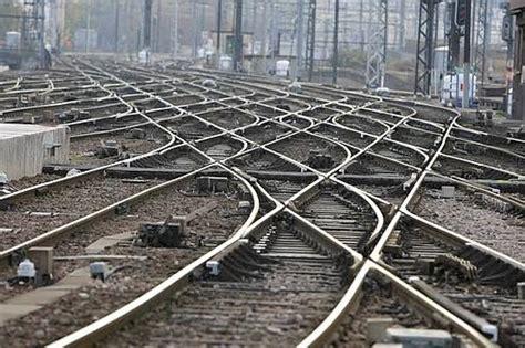 infos sur les rails de chemin de fer arts et voyages