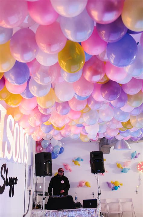 helium required   epic balloon ceiling