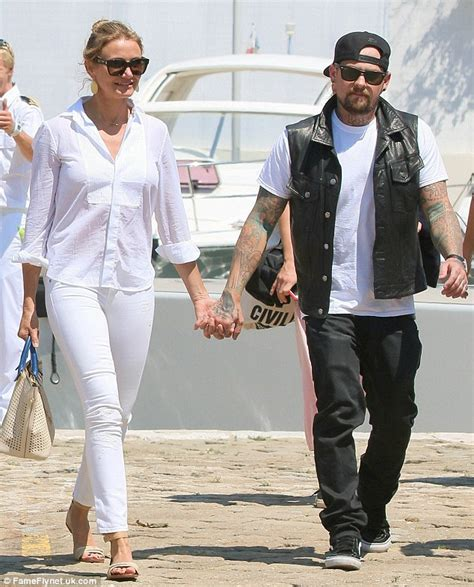 Cameron Diaz Dating Uma Ex Dating by Cameron Diaz And Boyfriend Benji Madden Discussed