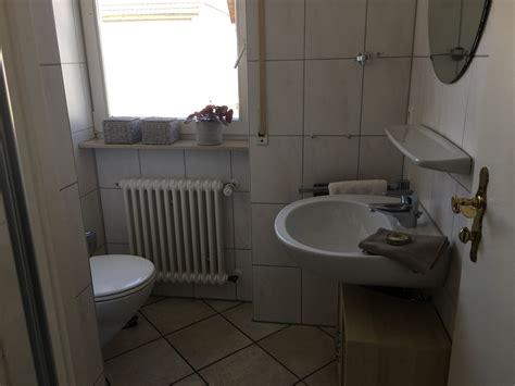 wohnung höchberg heldes ferienwohnung hochberg badezimmer ferien am