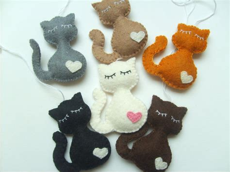 Cat Handmade - felt cats ornaments again grab a coffee