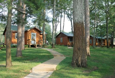 Lakefront Cottages For Rent In Michigan by Stay On The Lake Lakefront Hotels Cabins Cottages