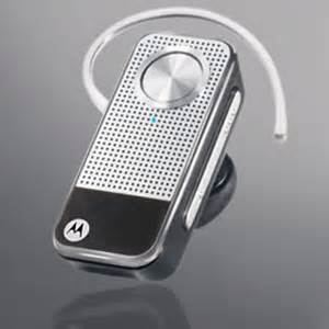 Motopure H12 Bluetooth Headset Gets Bling by Motorola Unveiled Motopure H12 Bluetooth Headset