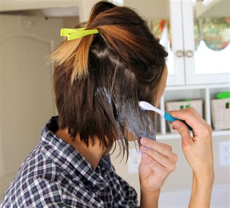using a brush for lowlights short hair ombre tutorial how to do ombre at home one