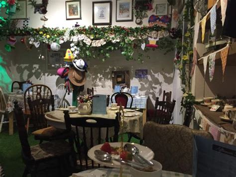 mad hatters tea room nottingham the best coffee shops tea rooms in nottingham