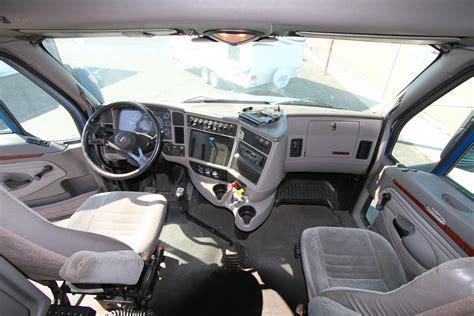 Truck Interiors by Kenworth Semi Tractor Truck T2000 Interior Interior Cab Of Flickr