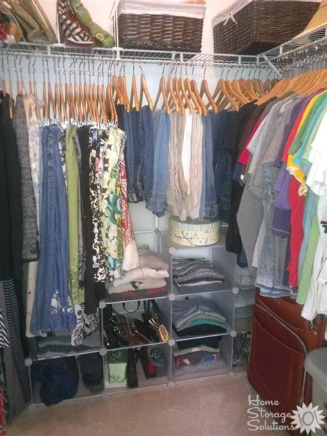 Declutter Closet Clothes by How To Declutter Your Closet Hanging Clothes