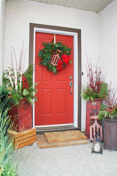 How To Decorate Your Front Door How To Decorate Your Front Door For The Holidays The Lovely Look Of Simple Festivity