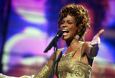 biography whitney houston whitney houston biography and career details