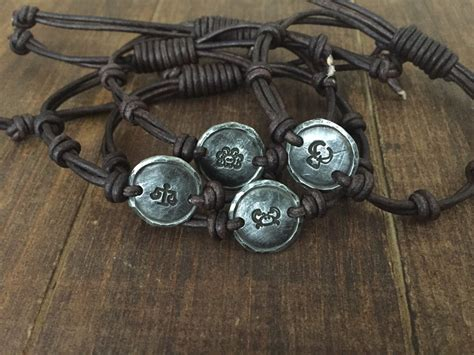 Gelang Zodiac Taurus Leather Bracelet 1 silver zodiac leather bracelet aries cancer saggitarius