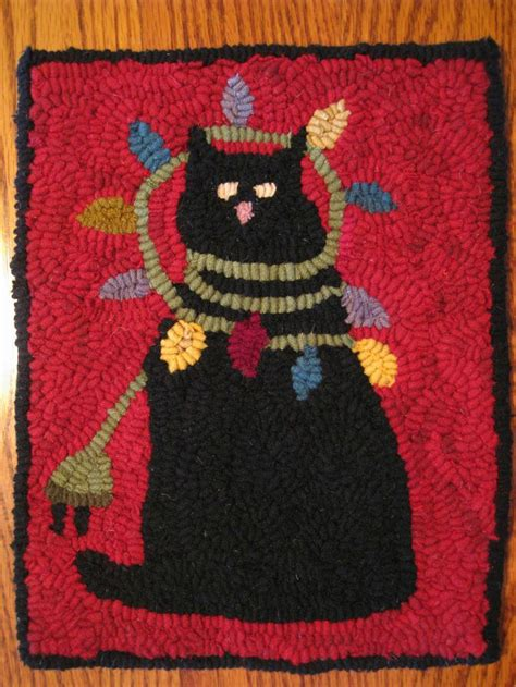 Cat On Rugs by 17 Best Images About Cat Latch Hook Rug On