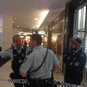 alleged anti stab knife won t stab to kill geekologie lawyer for westfield stabbing accused gets access to