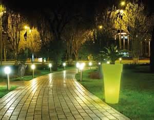 esterne per giardino illuminazione giardino consigli giardino