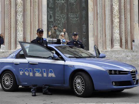 ufficio impiego siena pattuglione della polizia di stato in citt 224 73 persone