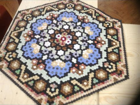 hexagon quilt pattern instructions english paper piecing hexagones on pinterest hexagon