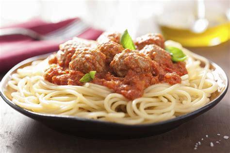 calories  spaghetti  meatballs livestrongcom