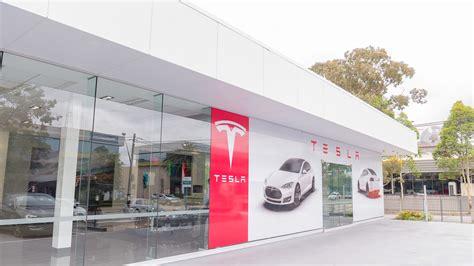 Tesla Uk Showroom Photos Inside Tesla Motors Australian Showroom