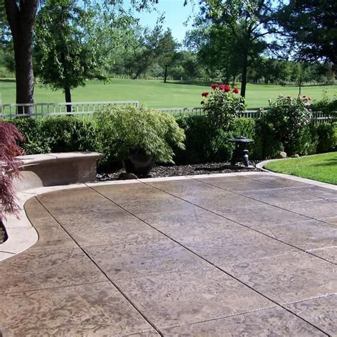 Concrete Patio Installation Cost by Best 25 Concrete Patio Cost Ideas On Sted