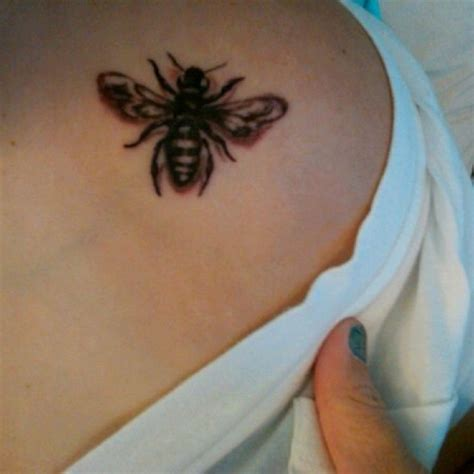 honeybee tattoo honey bee tattoos