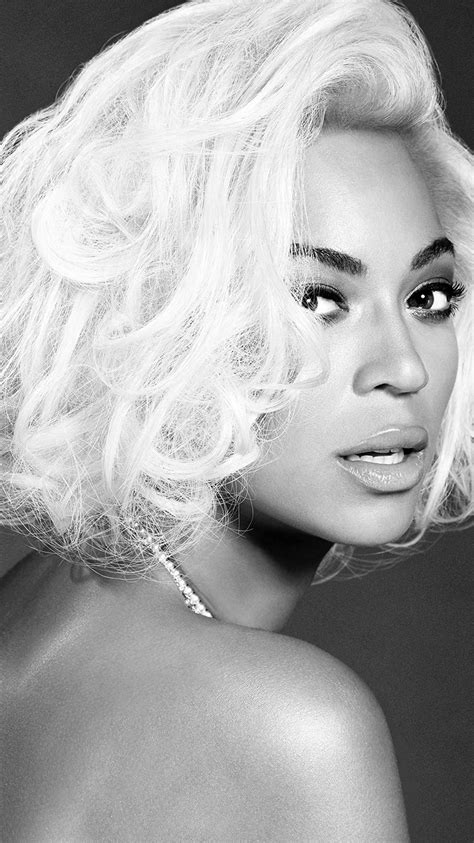 hg86-beyonce-knowles-music-dark-bw-singer - Papers.co