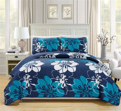 Navy Blue Quilted Bedspread Floral Navy Blue White Reversible Bedspread Quilt Set