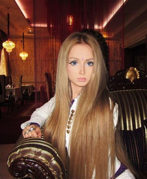 Tifanni Js Brown valeria lukyanova la russe