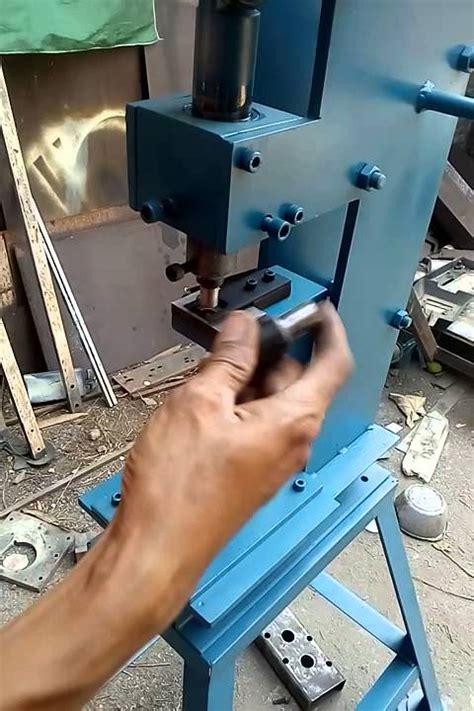 Mesin Bor Kertas mesin pon mini manual melubangi box kardus 087746061001 081227776292