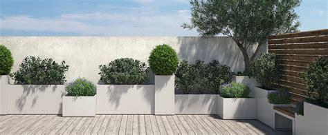 fioriere terrazzo progettare spazi verdi arredamento terrazzo fioriere in