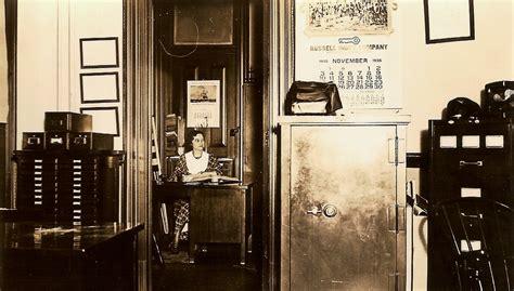 Row Home Decorating Ideas office photos 1930s 1950s