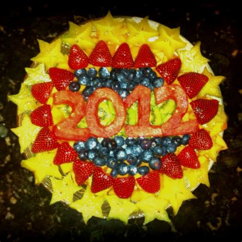 8 fruits for new years small 2012 new years fruit tray food
