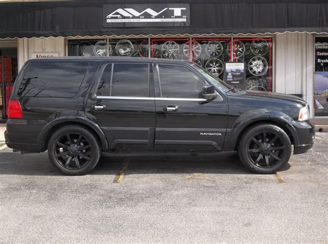 lincoln navigator rims customers vehicle gallery week ending april 28 2012