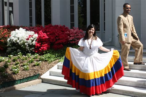 what clothes do venezuelans wear on christmas welcome to the venezuelan embassy