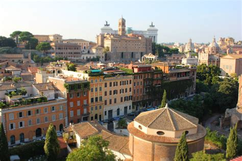 rome bright houses blakitka photo