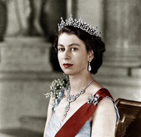 queen elizabeth 2 rekord queen elizabeth ii seit 63 jahren auf dem