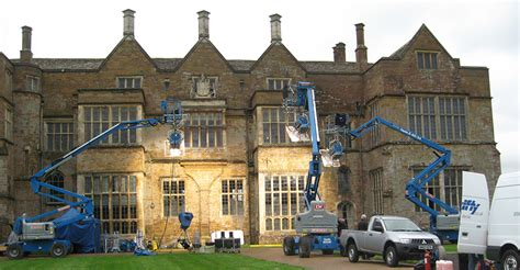 the house movie film tv location film set locations filming broughton castle location