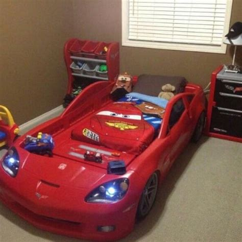 step2 corvette bedroom set lightning mcqueen sofa disney pixar cars bedroom set