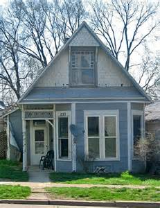 Small Victorian Homes Small Victorian House Jefferson St Knightstown Indiana